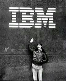 Steve Jobs flicks off IBM in Midtown